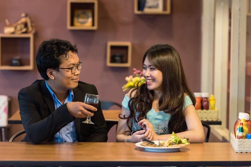 En France, les touristes chinois voyagent principalement en couple
